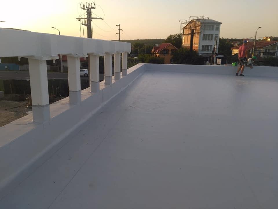 Hidroizolatie acoperiș cu membrana PVC Sikaplan 15 G și scurgeri Sika SDrain – SOCAR Craiova (17)