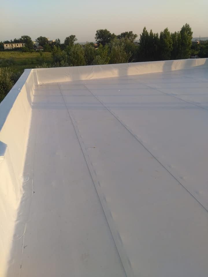 Hidroizolatie acoperiș cu membrana PVC Sikaplan 15 G și scurgeri Sika SDrain – SOCAR Craiova (5)
