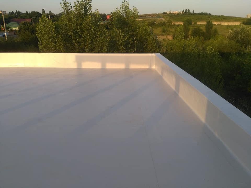 Hidroizolatie acoperiș cu membrana PVC Sikaplan 15 G și scurgeri Sika SDrain – SOCAR Craiova (8)