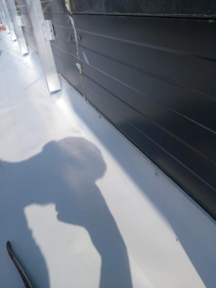 Montaj osb peste panouri sw și execuție hidroizolație cu membrana PVC 1.5 COSMOFIN GGPLUS ICOPAL 1900 mp – Galerie comerciala CATEX Calarasi 16