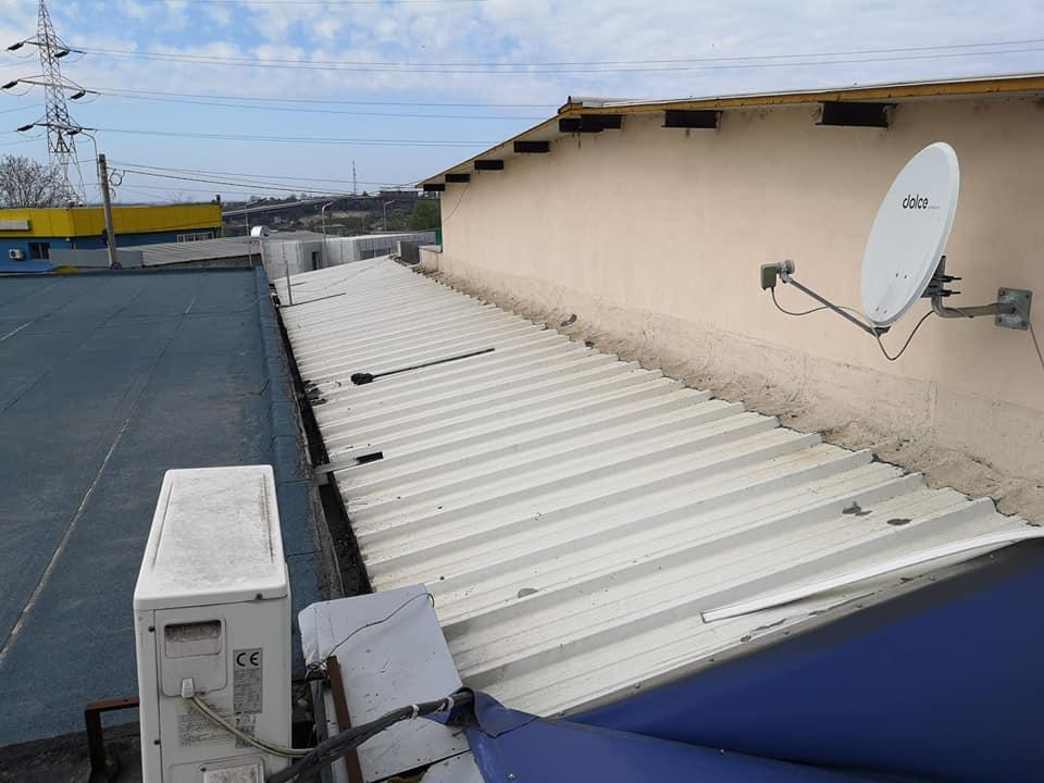 Reparatie acoperiș cu montaj de osb, contrapanta din vata și execuție hidroizolație acoperiș cu membrana PVC Sikaplan 15 G Rompetrol Galati (1)