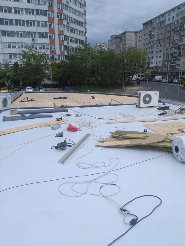 Reparatie acoperiș cu montaj de osb, contrapanta din vata și execuție hidroizolație acoperiș cu membrana PVC Sikaplan 15 G Rompetrol Galati (4)