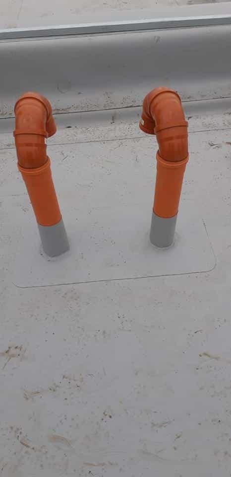 Tabla cutata, termosistem vata minerala, hidroizolatie membrana FPO Bauder – 2500 mp și trape de fum – LIDL Huedin 12