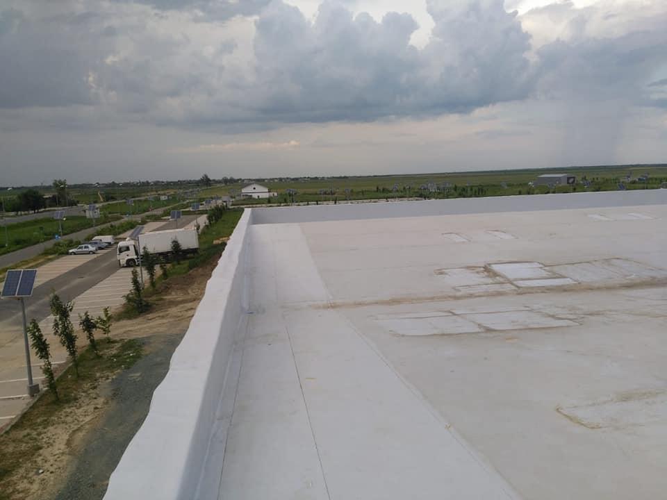 Tabla cutata, termosistem vata minerala si hidroizolatie membrana PVC Sikaplan 15 G- 1900 mp – Supeco Slobozia (19)