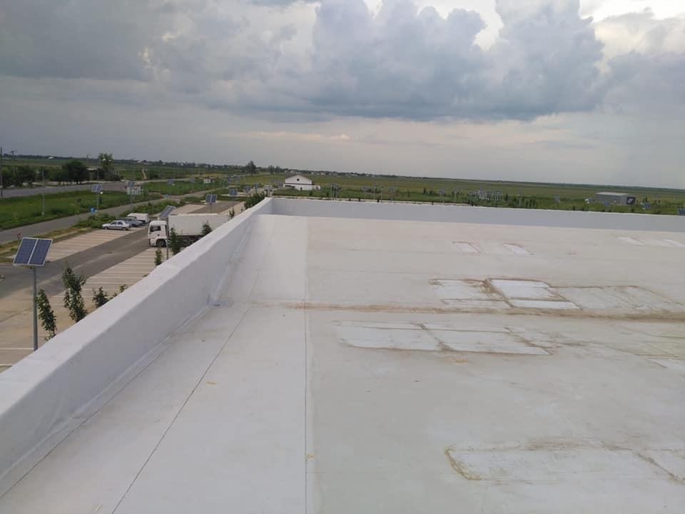 Tabla cutata, termosistem vata minerala si hidroizolatie membrana PVC Sikaplan 15 G- 1900 mp – Supeco Slobozia (2)