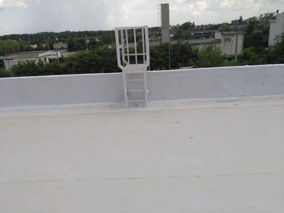 Tabla cutata, termosistem vata minerala si hidroizolatie membrana PVC Sikaplan 15 G- 1900 mp – Supeco Slobozia (5)