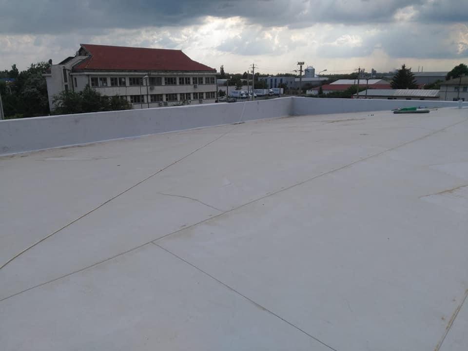 Tabla cutata, termosistem vata minerala si hidroizolatie membrana PVC Sikaplan 15 G- 1900 mp – Supeco Slobozia (9)