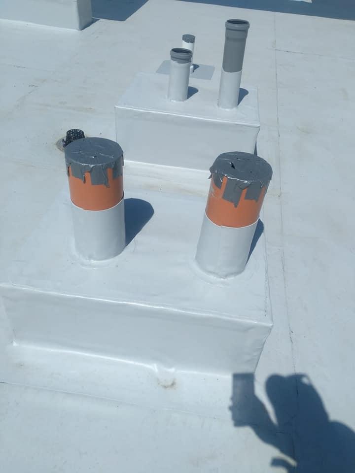 Termosistem vata minerala si hidroizolatie membrana PVC Sikaplan 15 G – 1450 mp cu covor de trafic Sikaplan Walkway, sistem de scurgeri Geberit, sistem de ventilații – Terasa bloc Magnolia Br ( (6)